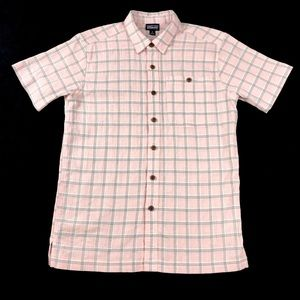 Patagonia Organic Cotton Short Sleeve Button Up XS